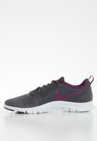 Nike - Flex Essential trainers - black