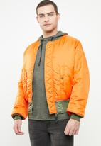 Alpha Industries - Ma-1 tape sa reversable jacket - green