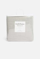 Hertex Fabrics - Mink faux fur throw - grey sky