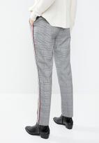 MANGO - Contrast trim checked trouser - grey & black