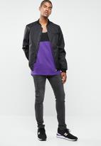 Cotton On - Tbar tank - purple & black