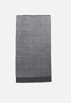 Linen House - Plush marle bath towel - charcoal