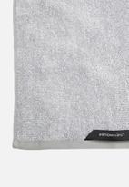 Linen House - Plush marle hand towel - grey