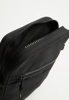 Jack & Jones - Copenhagen slingbag - black