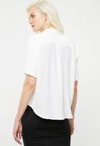 Superbalist - Georgette boxy shirt - white