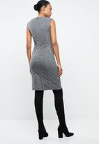 MANGO - Check midi shift dress - black