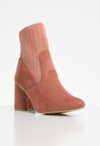 Superbalist - Piper ankle boot - pink