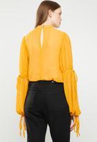 STYLE REPUBLIC - Volume sleeve blouse - yellow
