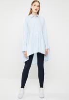 MANGO - Cotton dip hem shirt - blue