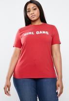 STYLE REPUBLIC PLUS - Girl gang T-shirt - red