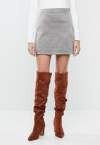 Superbalist - Mini skirt with slits - brown check