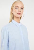MANGO - Cotton oversized pinstripe shirt - blue