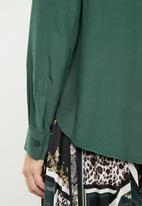MANGO - Double pocket shirt - green
