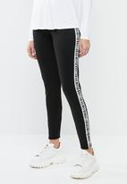 c(inch) - Contrast waistband leggings - black