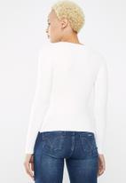 Sissy Boy - Wrap knitwear diamante ring - white