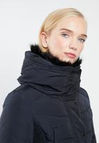 STYLE REPUBLIC - Detachable faux fur puffer - navy