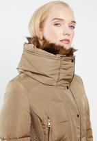 STYLE REPUBLIC - Detachable faux fur puffer - beige