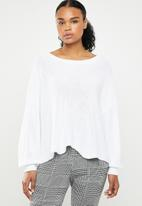 ONLY - Hilde long sleeve oversize pullover - white