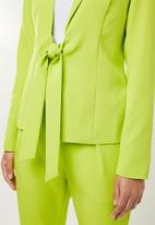 Missguided - Tie front blazer - lime