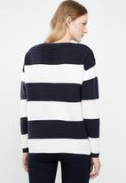 Vero Moda - Sethe boatneck blouse - cream & navy
