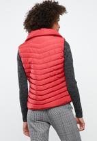 Tokyo Laundry - Chervil sleeveless puffer jacket - red