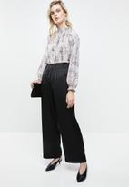 Vero Moda - Ginger straight pants - black