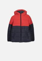 Cotton On - Puffer jacket - black & red