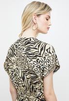 New Look - Animal short sleeve jumpsuit - beige & black