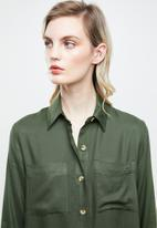 Superbalist - Soft utility shirt - olive
