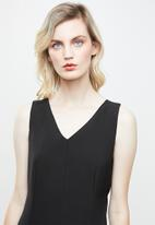 Superbalist - Woven jumpsuit with tie back - black