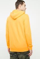 Cotton On - Goodtimes sticker fleece pullover - yellow & navy