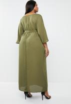 STYLE REPUBLIC PLUS - Kimono Maxi dress - khaki