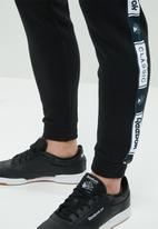 Reebok Classic - CL FT taped pant - black