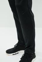 Reebok - Work thermowarm pants - black