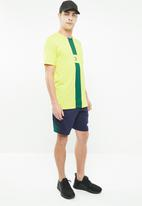 PUMA - Rebel shorts - navy & green