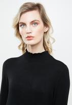 ONLY - Mila long sleeve knit dress - black