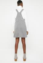 New Look - Corduroy pinafore - grey