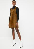 New Look - Dogtooth pinafore - brown & black