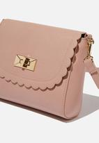 Cotton On - The scalloped edge cross body bag - pink