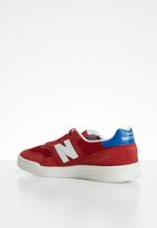 New Balance  - Classic Court - red