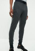 Under Armour - Unstoppable knit jogger - black