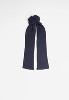 Superbalist -  Sloane scarf - navy