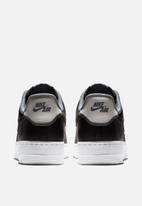 Nike - Air Force 1 '07 LV8 1 - black/black-pure platinum-cool grey