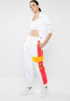 Reebok Classic - Gigi hadid trackpants - white