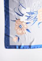 Joy Collectables - Printed scarf - blue
