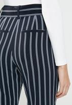Jacqueline de Yong - Indianna pants - navy