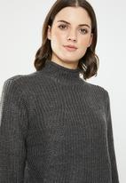 Jacqueline de Yong - Justy long sleeve roll edge pullover - grey