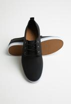 Call It Spring - Pikeconger - black