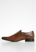 Call It Spring - Ozan - cognac