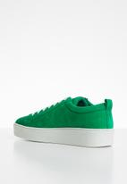 Vero Moda - Leather lace-up flatform sneaker - green